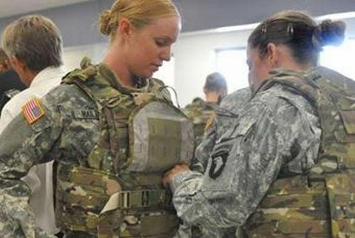 Conocer mujeres militares experta en castigame