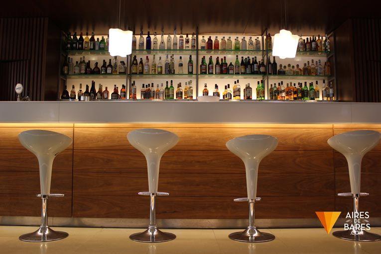 Bar para solteros revolucion